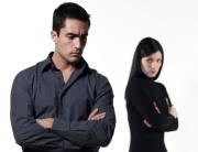 Недоверие в отношениях, или как перестать жить на минном поле